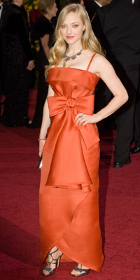 Amanda Sigfried attends the 81st Annual Academy Awards®  Dress by:  Bryan Crowe / ©A.M.P.A.S.