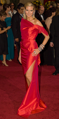 Heidi Klum attends the 81st Annual Academy Awards®  Dress by: RM by Roland Mouret  Bryan Crowe / ©A.M.P.A.S.